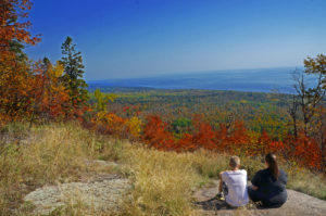 hiking on the Oberg Mountain loop, Lutsen, MN