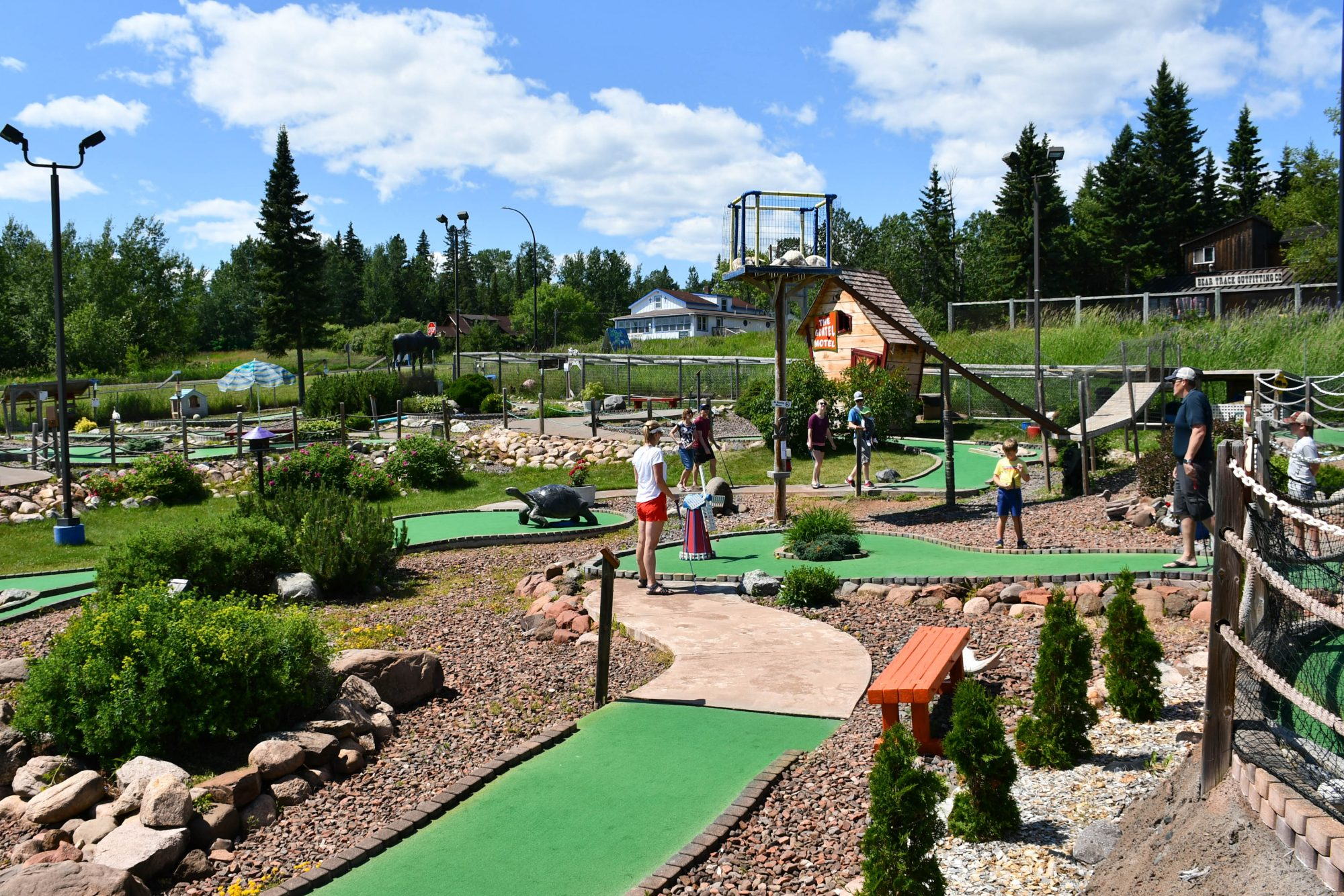 Putt n Pets Mini Golf, Grand Marais, MN