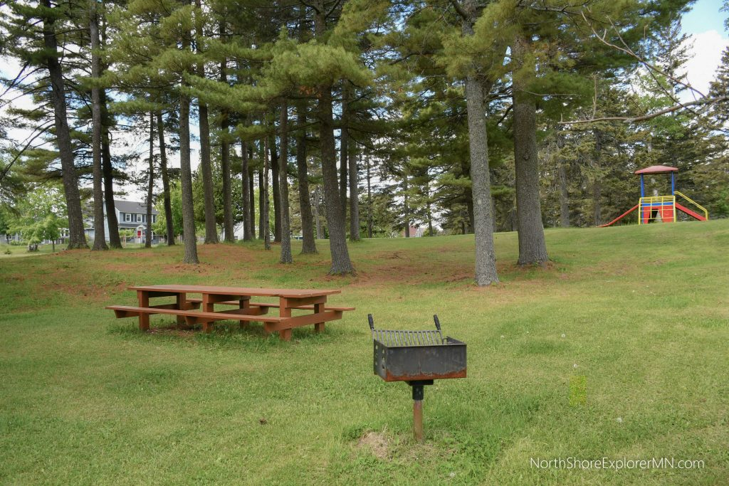 Lakeview Park, Two Harbors, city side