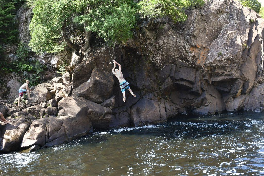 Rope swinging into Illgen Falls